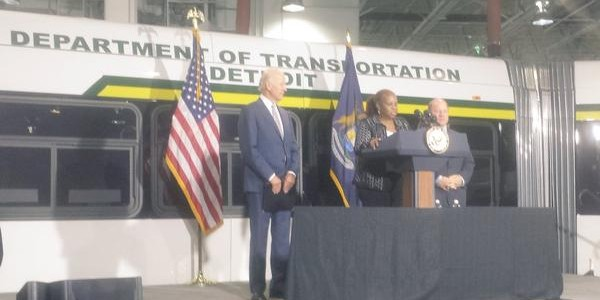 Vice President Biden Helps DDOT Reach 100% Pull-Out